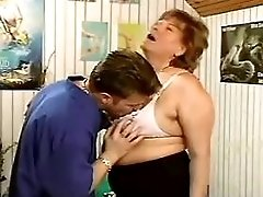 Blond mature gets facial after fuck