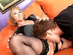 Cute milf with nice ass jums on hard cock