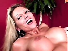 Hungry milfs swaping sperm